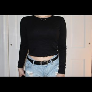 Long Sleeve Cropped Black Tee (Fitted)